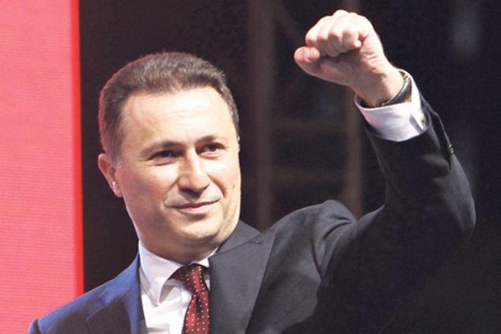 PRINUDNO SLETANJE: Avion s makedonskim premijerom Gruevskim prinuđen da sleti u Cirih!