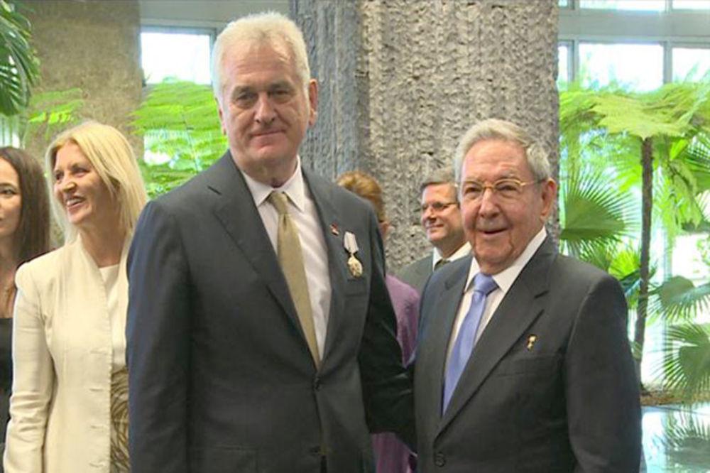 NIKOLIĆ KOD KASTRA: Kuba podržava teritorijalni integritet Srbije