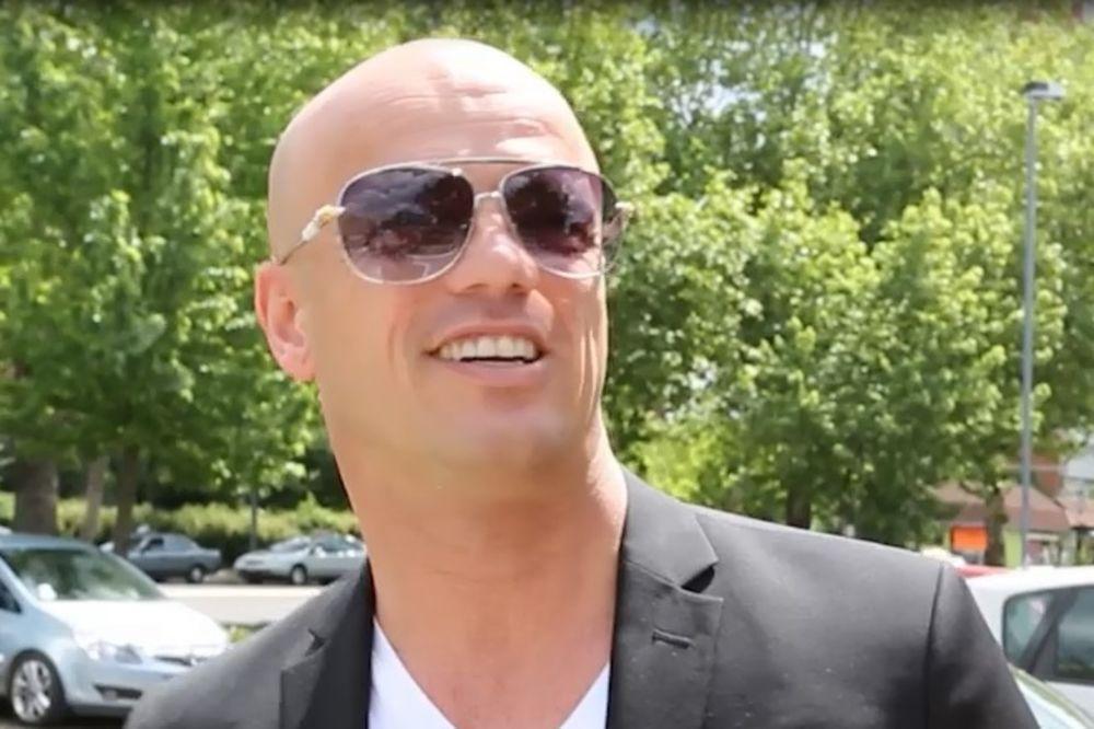 (VIDEO) RAFAL NA BOBANA RAJOVIĆA: Pogledajte kako je popularni pevač preživeo rešetanje!