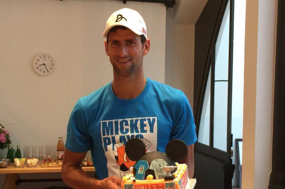 (VIDEO) VEROVALI ILI NE: Miki Maus je Novakov fan!