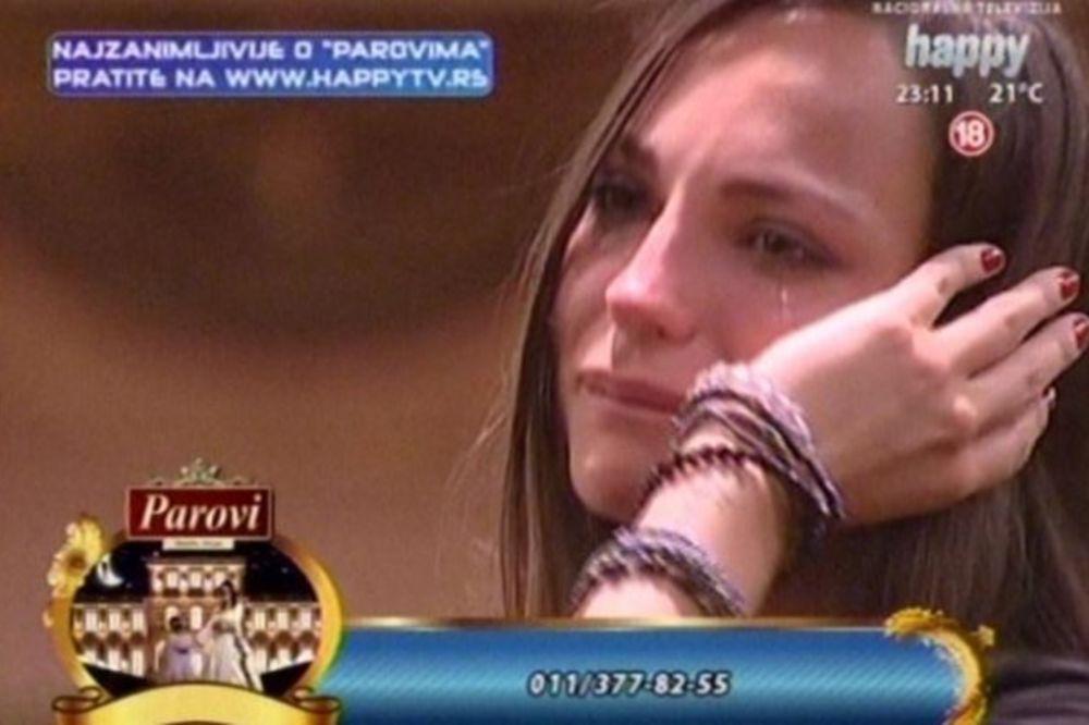 RUŽICA SE RASPLAKALA: Pogledajte zašto je Veljkovićevu pogodila pesma