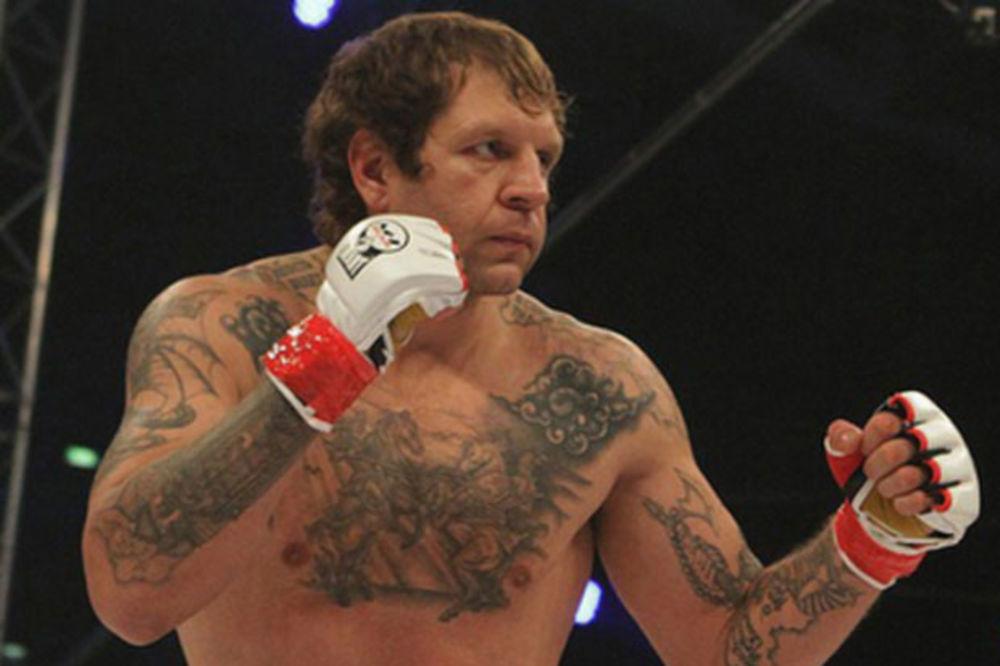 (VIDEO) MONSTRUM IZA REŠETAKA: Ruski MMA borac drogirao i silovao kućnu pomoćnicu