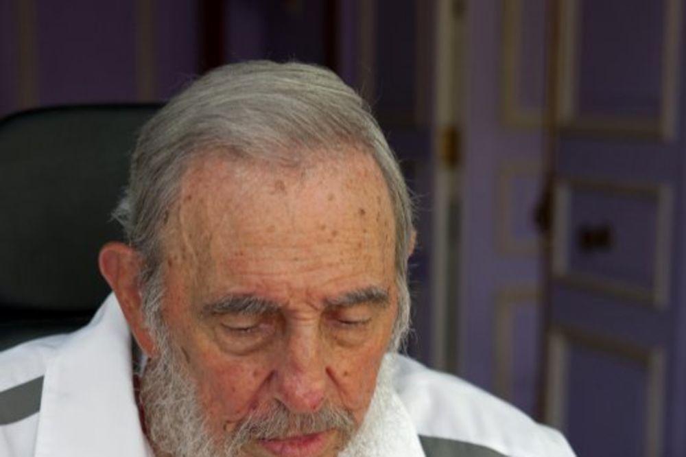 ZAKITIO I FIDELA: Nikolić uručio orden nekadašnjem lideru Kube
