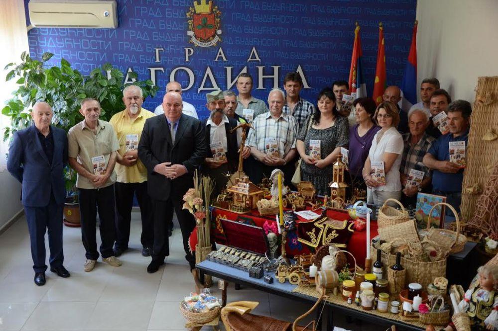 PROMOCIJA DOMAĆIH PROIZVODA: Palma vodi 350 zanatlija u Grčku