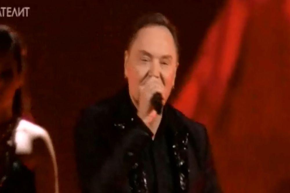 (VIDEO) PESMU POSVETIO OCU: Pogledajte Knežev nastup na Evroviziji!