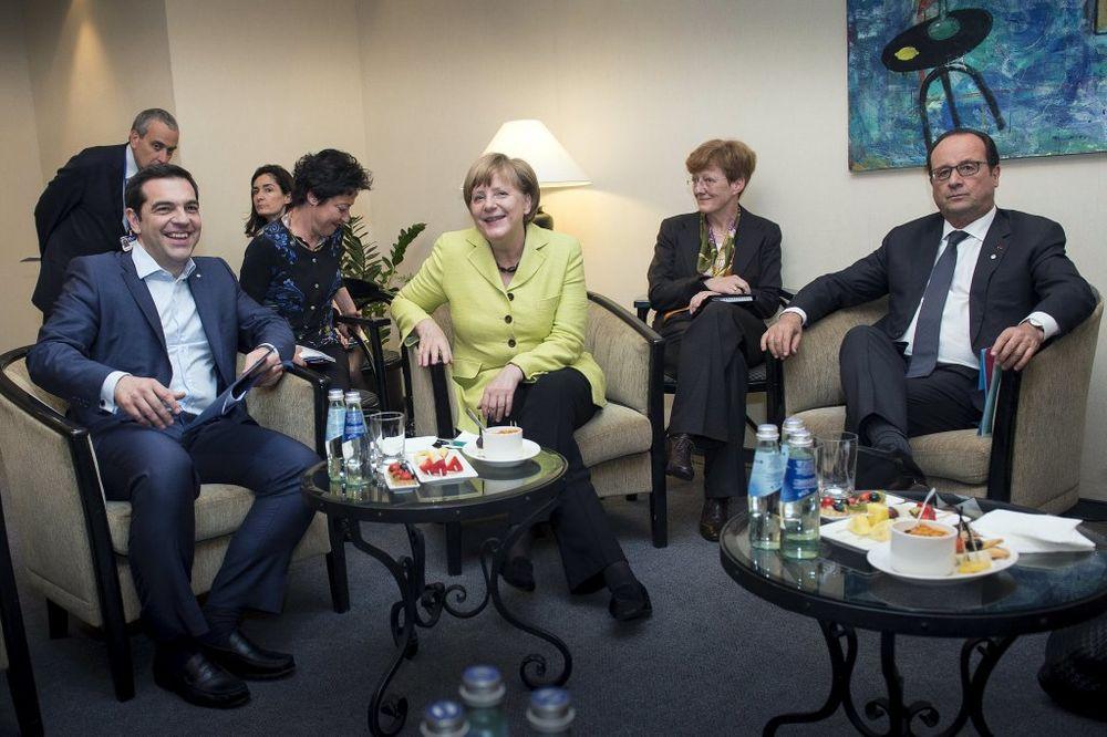 ANGELA MERKEL OPREZNA: Još dosta posla do sporazuma s Grčkom