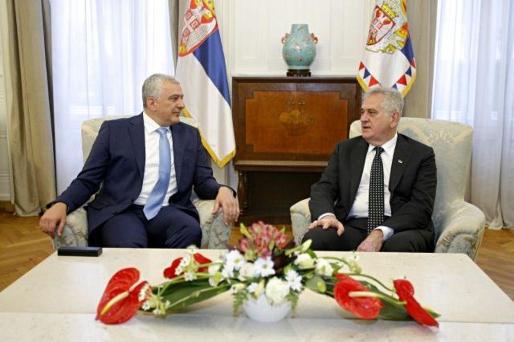 Nikolić se sastao sa Mandićem, predsednikom Nove srpske demokratije