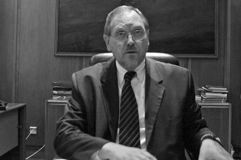 Preminuo bivši ministar Radomir Naumov