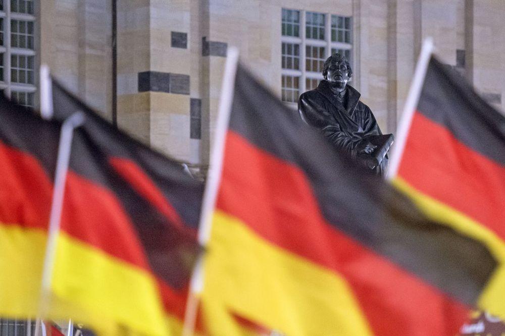 NAJAVA IZ BERLINA: Nemačka 1. jula ukida radne dozvole za Hrvate
