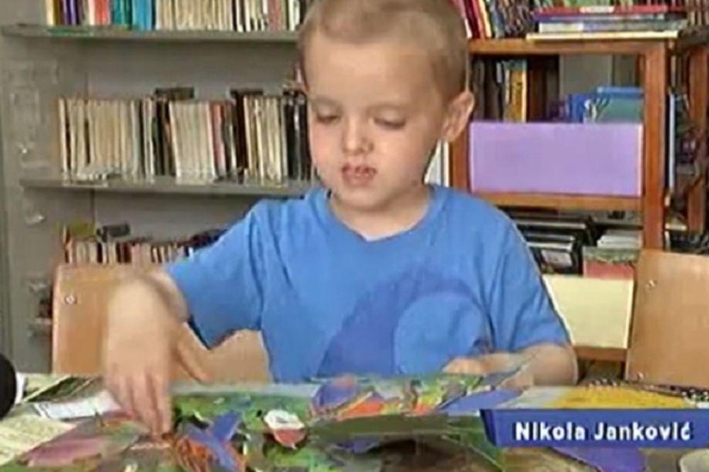 TEK MU JE 4, A VEĆ JE ČLAN: Voli dete da čita, u biblioteku ide dvaput dnevno!