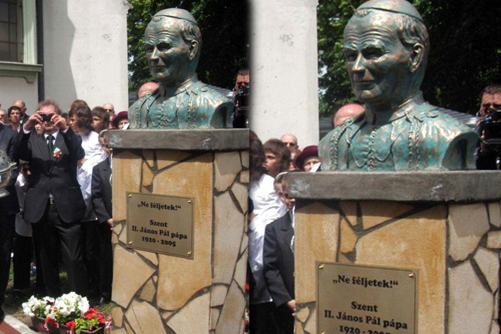 TOTOVO SELO KOD KANJIŽE: Rimski papa dobio prvi spomenik u Srbiji