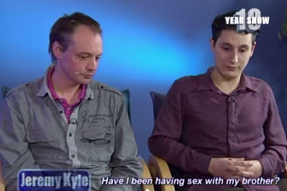 (VIDEO) A, BILA JE TO LJUBAV NA PRVI POGLED: Zaljubljeni gejevi shvatili da su braća!