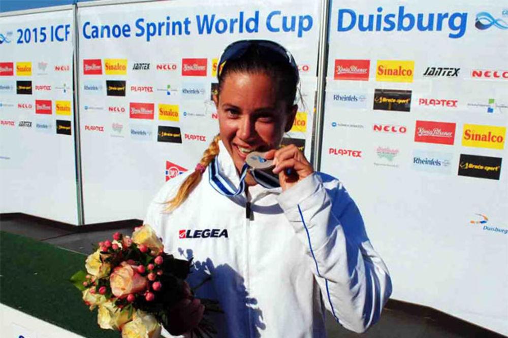 ČETIRI MEDALJE U DUIZBURGU: Kristina Bedeč osvojila srebro u maratonu