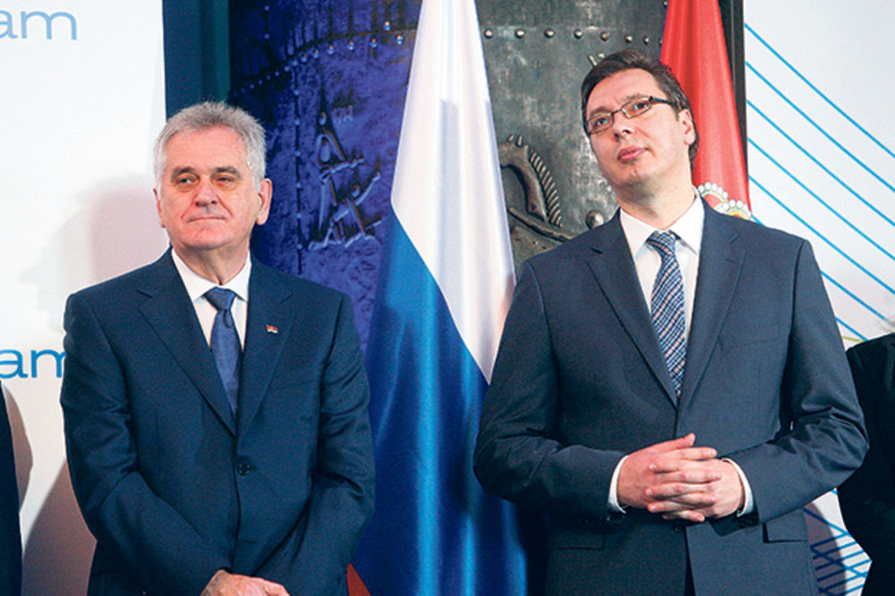 NIKOLIĆ BI DA UVALI SREBRENICU VUČIĆU: Predsednik baca u vatru premijera!