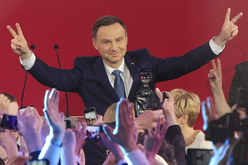 NEZVANIČNI REZULTATI: Konzervativac Andžej Duda novi predsednik Poljske
