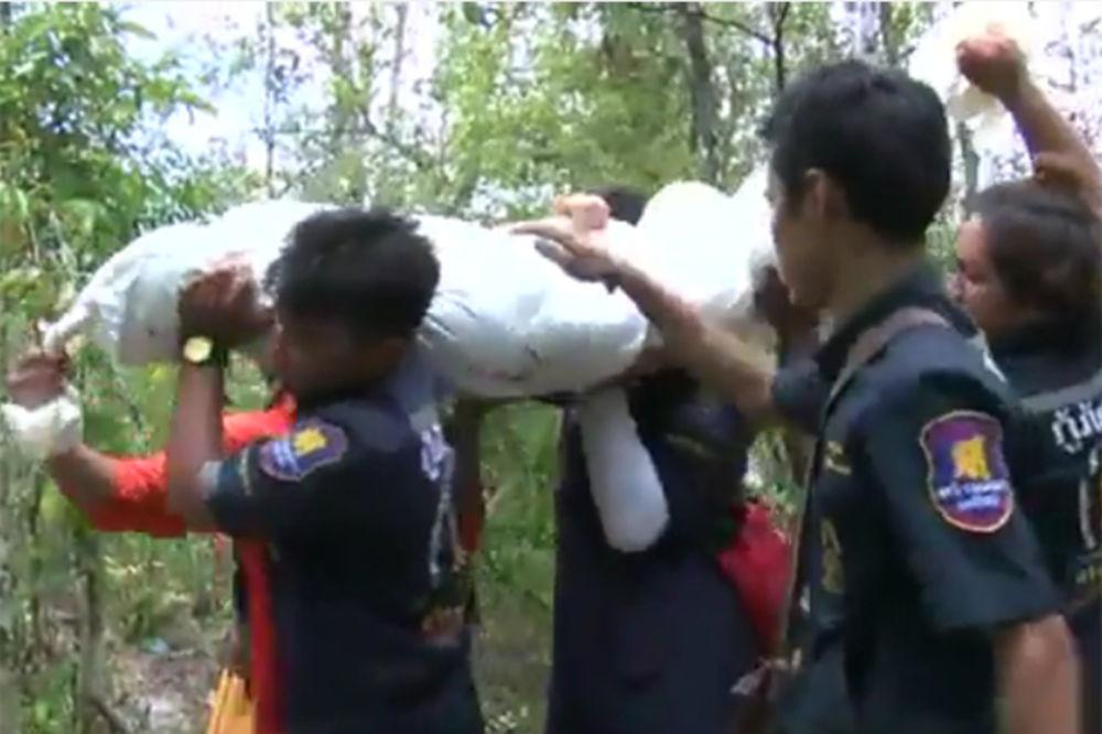 (VIDEO) 139 MASOVNIH GROBNICA U MALEZIJI: Puštali imigrante da skapaju, pa ih zatrpavali zemljom