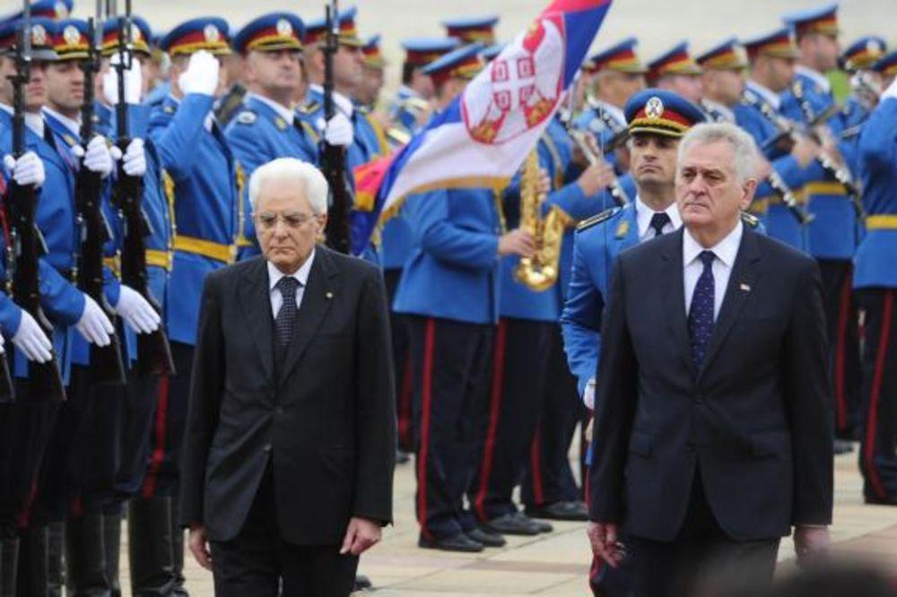(FOTO) UZ GARDU I HIMNU: Nikolić dočekao Serđa Matarelu