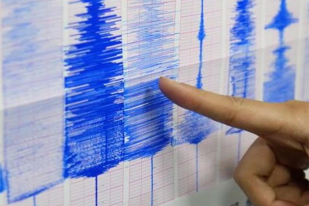 TRESLA SE ZEMLJA SNEGA I LEDA: Zemljotres jačine 6,9 Rihtera pogodio Aljasku