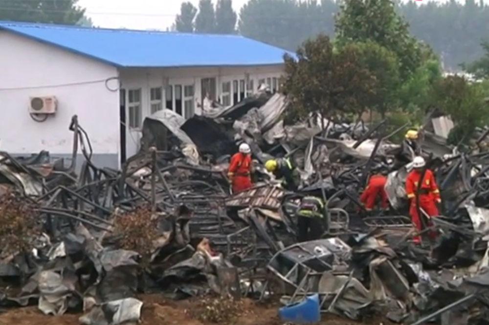 (VIDEO) NEMOĆNI STARCI ŽIVI IZGORELI: 38 poginulo u požaru u domu za stare