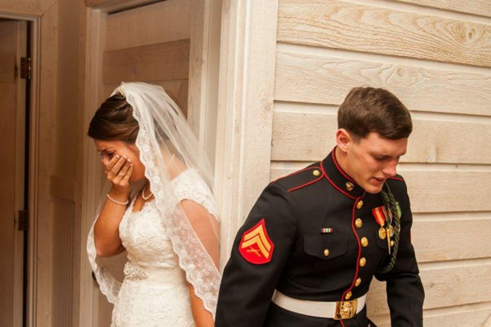 Marinac, mlada, venčanje, foto Dvejn Šmit