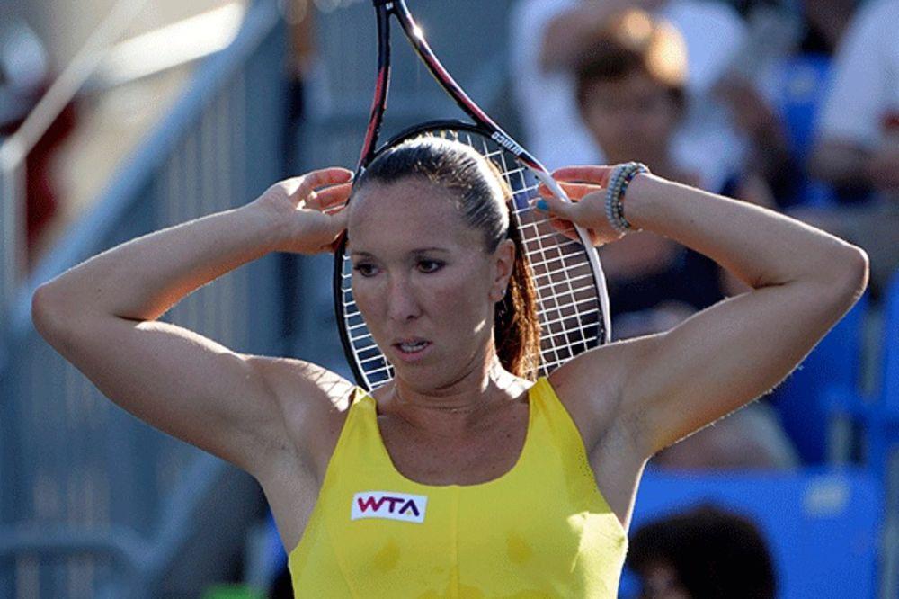 BRUKA NA STARTU: Jelenu Janković isprašila 106. teniserka sveta!