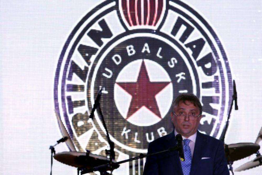 (FOTO) CRNO-BELO VESELJE: FK Partizan proslavio osvajanje 26. titule