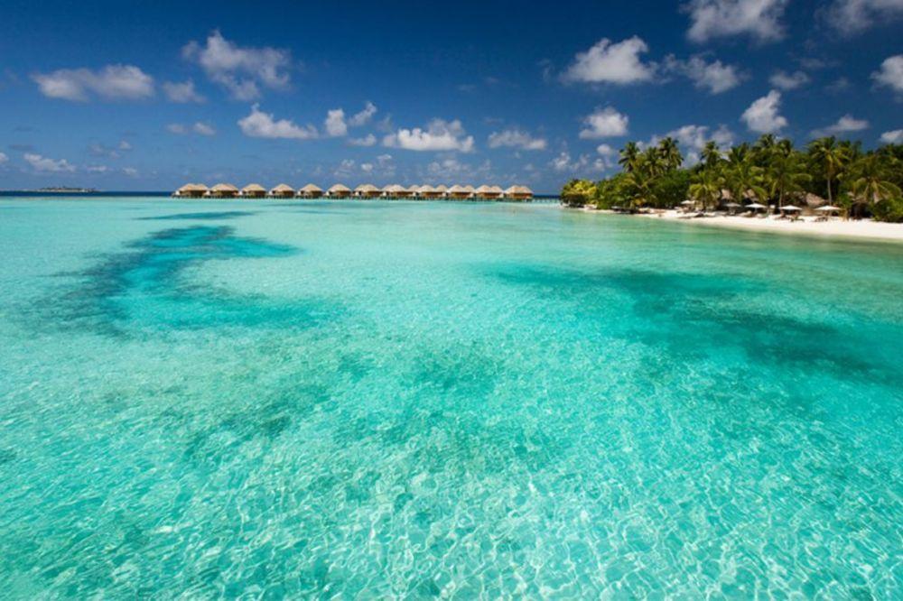 IAKO TAKO IZGLEDA, OVDE SE NE UŽIVA: Nećete verovati od čega je napravljeno ovaj rajsko ostrvo