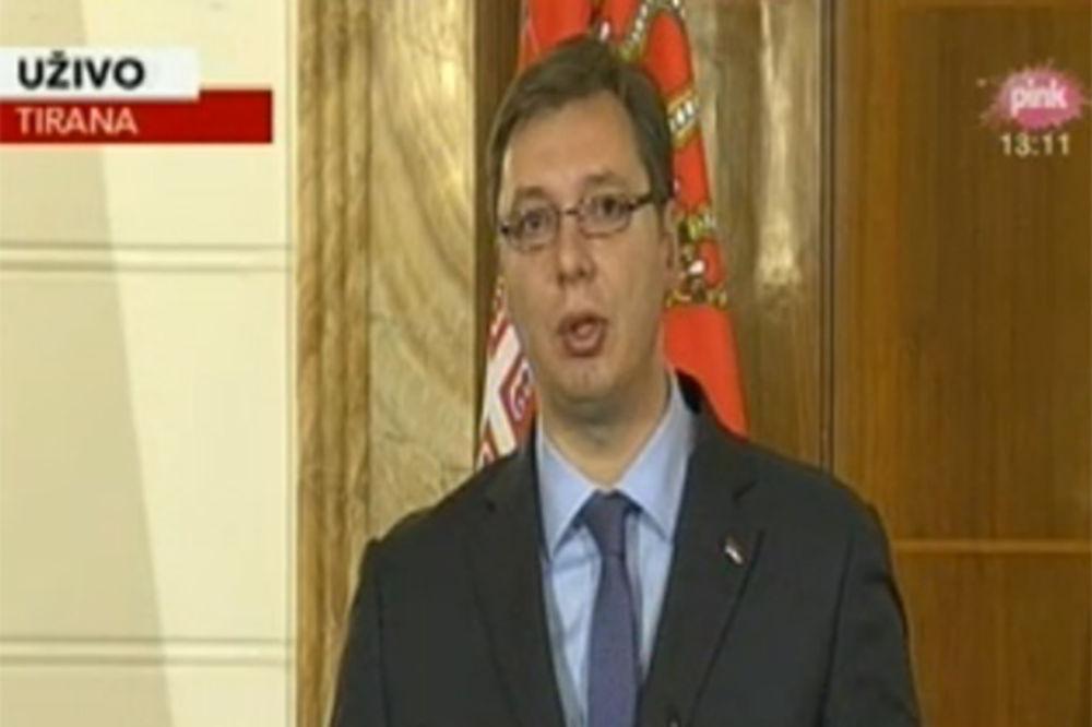 VUČIĆ U TIRANI: Kosovo je Srbija!