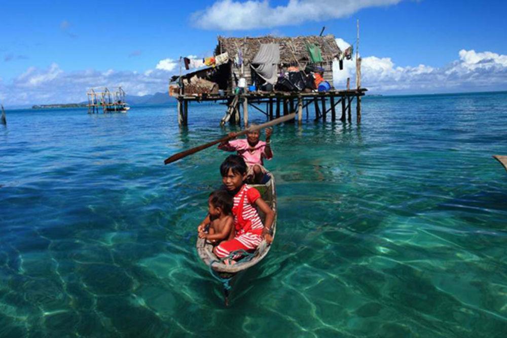 MORSKI NOMADI: Pleme koje živi na vodi