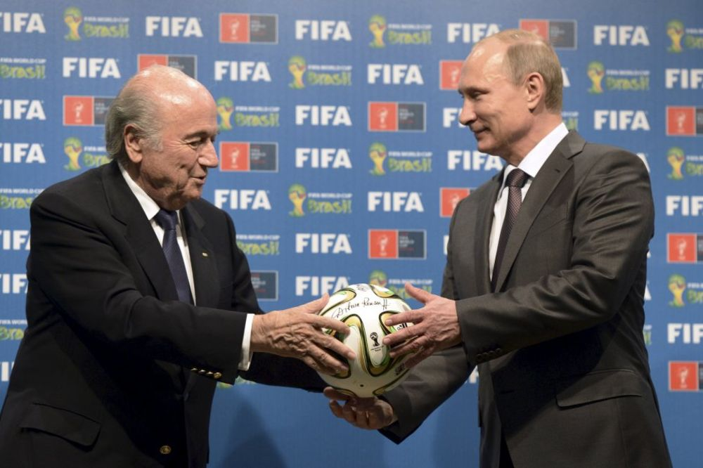 PUTIN O HAPŠENJU U FIFA: Očigledan pokušaj da se spreči Blaterov reizbor
