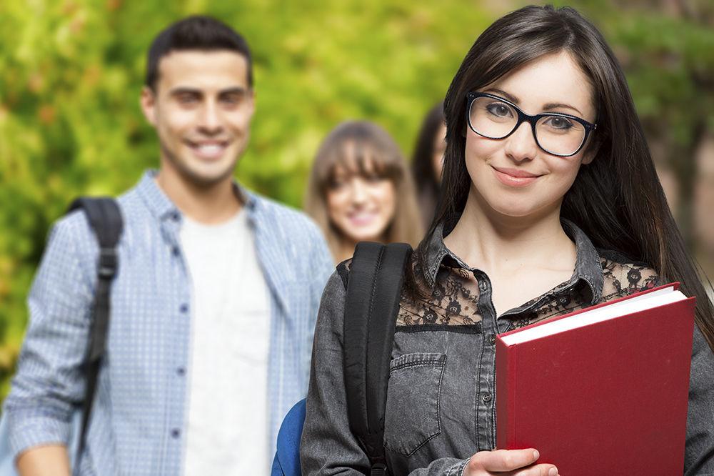 Besplatno školovanje u najsavremenijoj gimnaziji po programu Kembridža u Srbiji
