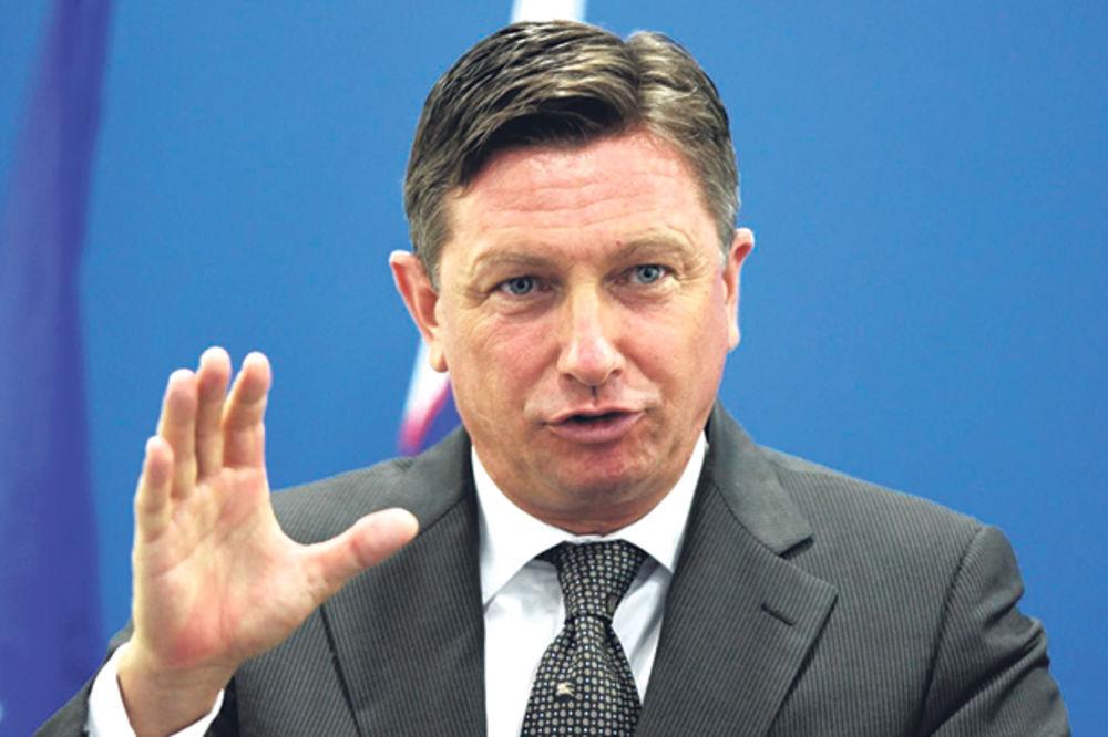 SKANDAL PREDSEDNIKA SLOVENIJE Borut Pahor: To, mala, to mi radi!