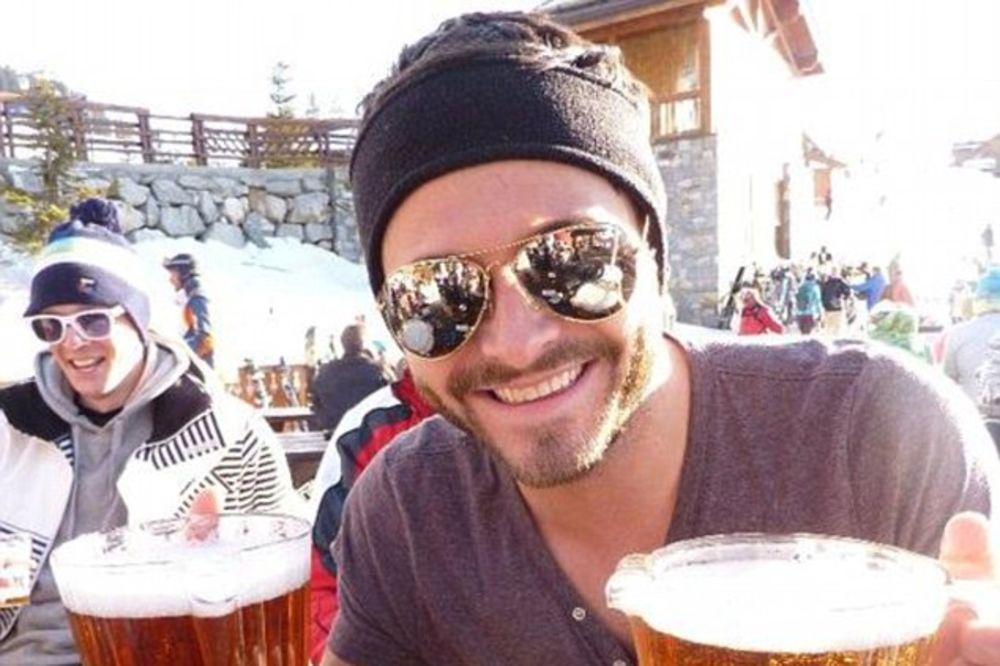 E, OVO JE MAMURLUK: Britanac se toliko napio da je proputovao celu Evropu autobusom!