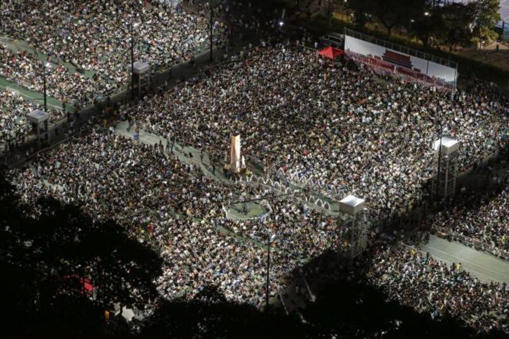 NOVI PROTEST U HONGKONGU: Ne zaboravljaju Tjenenmen ni posle 26 godina!