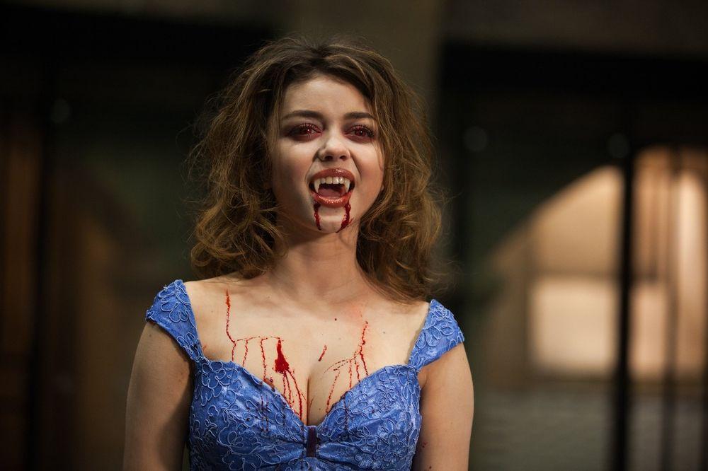 DRAKULA TRETMAN: Ubrizgavaju krv u vaginu da bi je podmladili!
