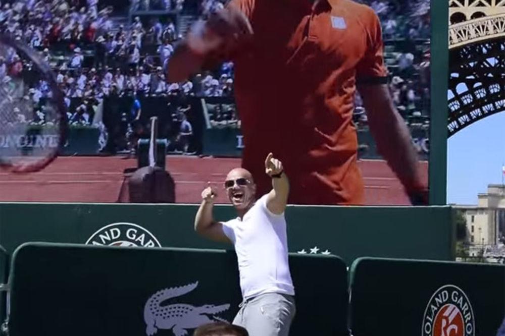 (VIDEO) Pogledajte kako je Boban Rajović proslavio Novakov plasman u finale