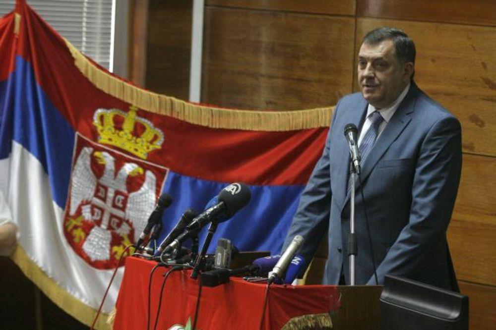 DODIK ODRŽAO PREDAVANJE U BG: Nameravam da osvestim Srbe!