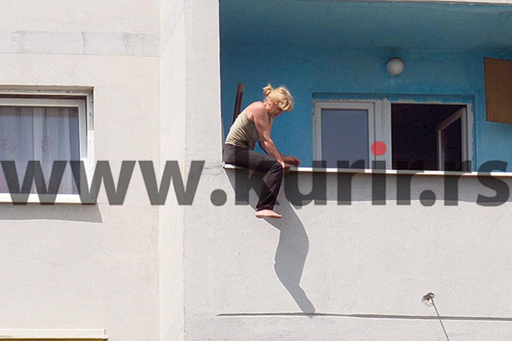 DRAMA ZBOG STANA NA LABUDOVOM BRDU: Žena ponovo pretila da će skočiti sa terase