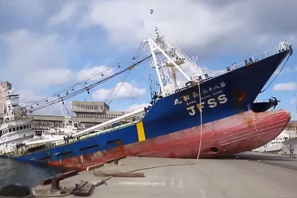 (VIDEO) DA VAM SE PODIGNE ADRENALIN: Ovih 10 brodoloma će vas šokirati!