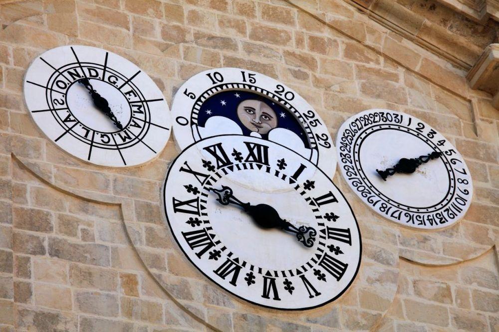 STARIJE OD HOROSKOPA: Srpski narodni kalendar koji vam precizno pogađa budućnost