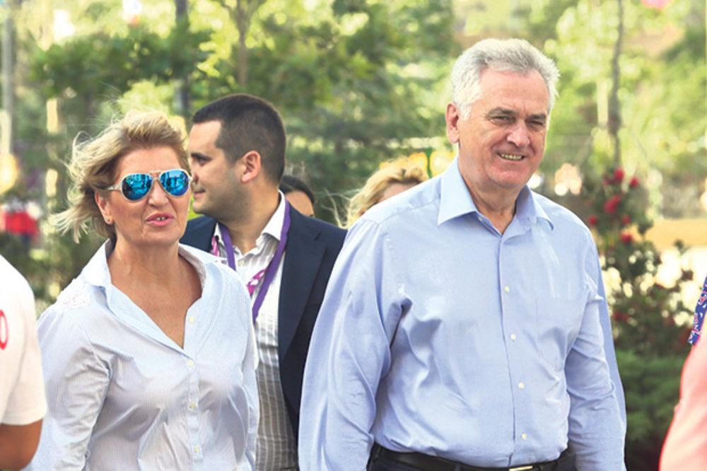 PRATI I EVROPSKE IGRE: Dragici Nikolić građani platili šetkanje po Azerbejdžanu