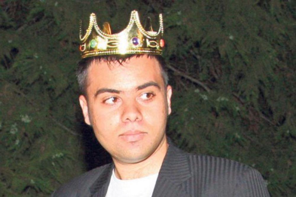 JEDVA ČEKA KRAJ PAROVA: Kralj vodi Mimi u Dubai!