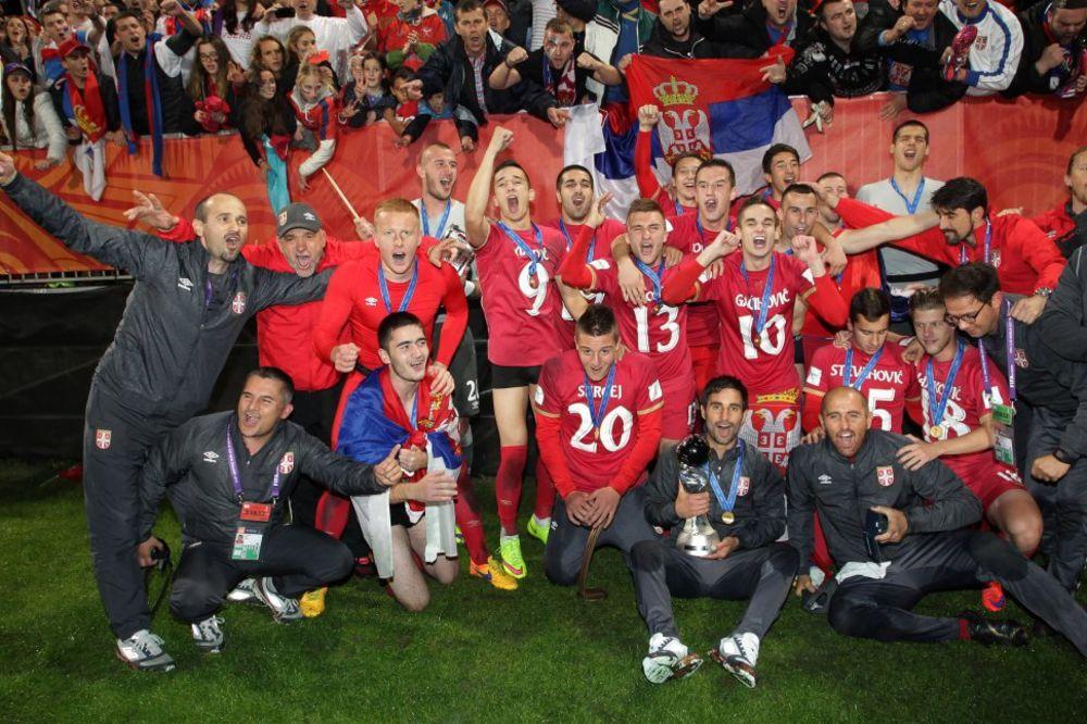 ŠTA JE BABI MILO... Crnogorci tvrde da su šampioni sveta, a ne Srbija!