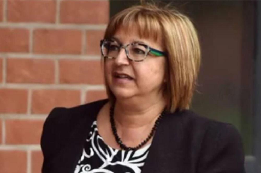 (VIDEO) OVO JE PROFESORKA PEDOFIL Silovala svoje đake od samo 13 godina!