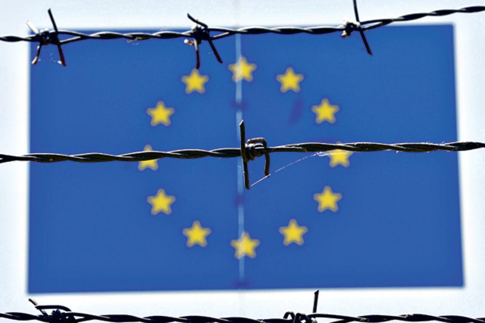 SRBIJA KAO GETO: Prete nam vizama i postavljaju žice