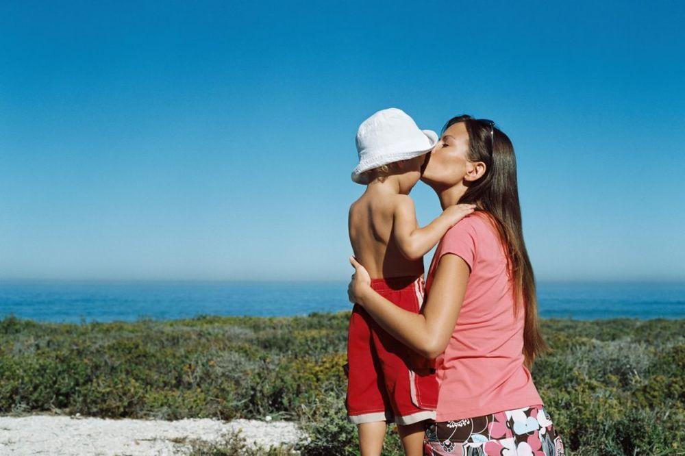 OVO ĆETE DOBRO ZAPAMTITI: Majka savetuje sina kako treba da čuva ljubav!