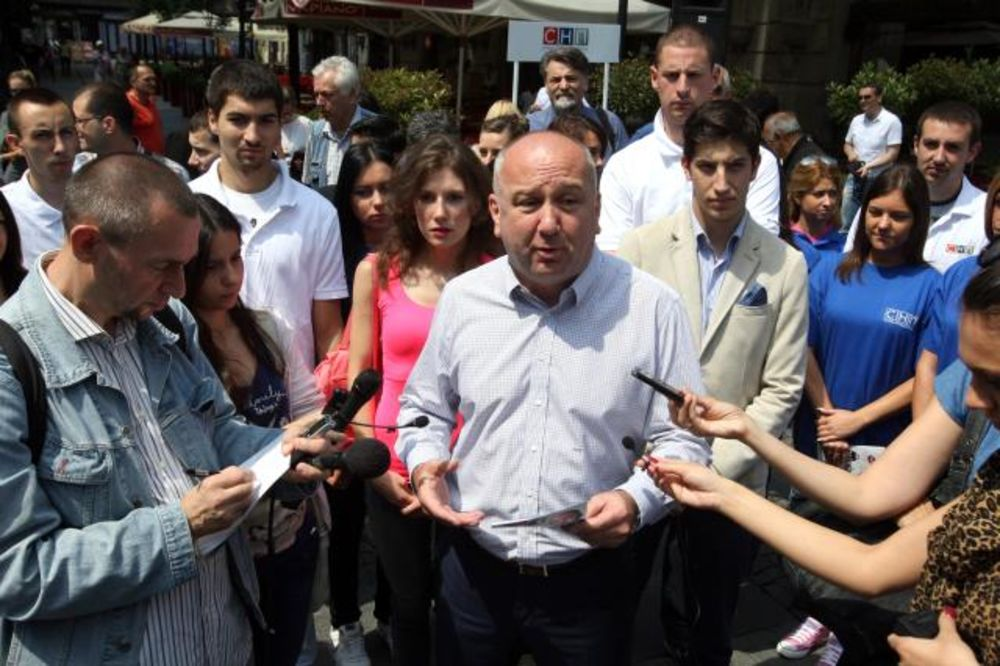 NENAD POPOVIĆ (SNP): Kosovski boj se danas vodi za imovinu