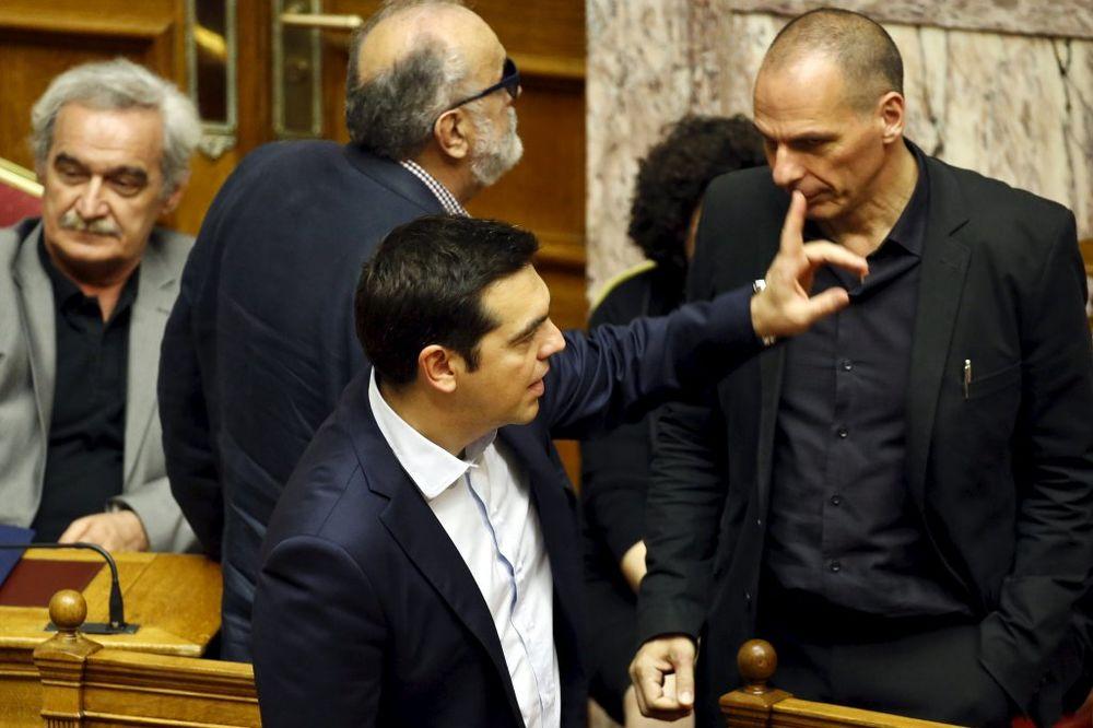 MMF: Grčka nije platila dug od 1,5 milijardi evra, neizvesnost se nastavlja