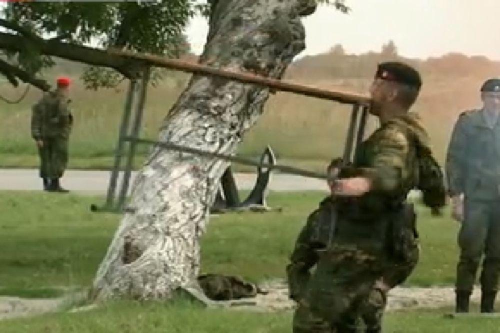 (VIDEO) NIJE NORMALNO ŠTA OVI LJUDI RADE: Ovako se takmiče ruski specijalci