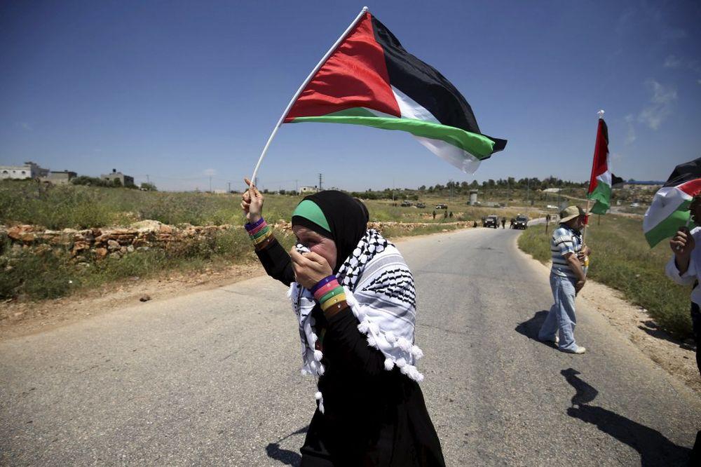STRAVIČNA MRŽNJA: Palestinka iz čistog mira nožem napala i izbola Izraelku